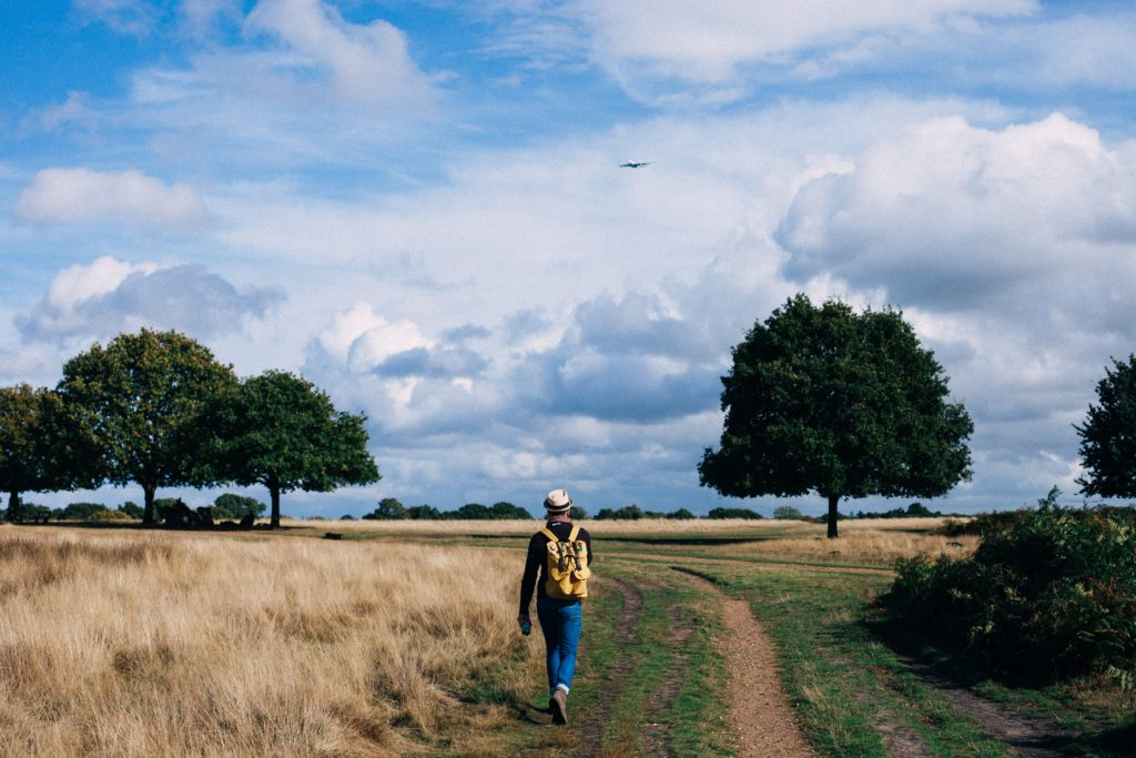 photo-hiker-fastpacking